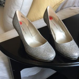 Women's shiny shoes Perfect condition